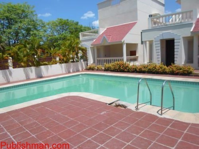 Individual Independent Bungalow with  Swimming Pool, Lawn, Beach..etc - 1/4