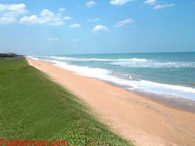 Individual Independent Bungalow with  Swimming Pool, Lawn, Beach..etc - 3/4
