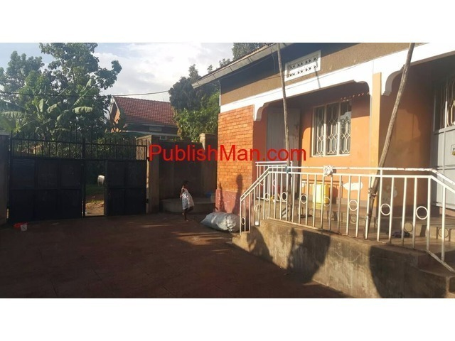Rental houses at makindye for sale - 4/4