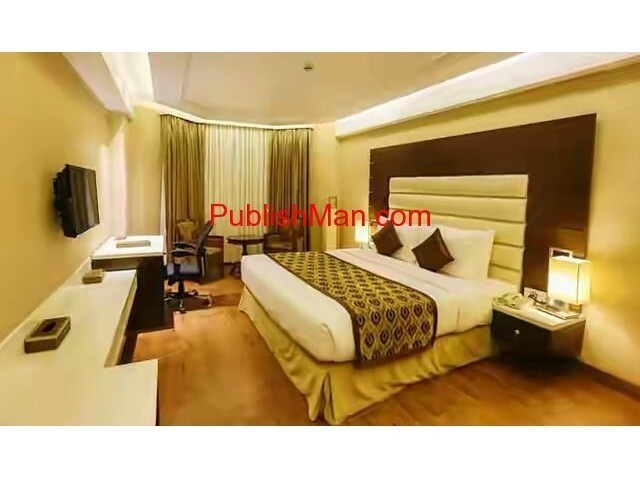 Hotel for sale at Amar Shaheed Path Lucknow - 2/6