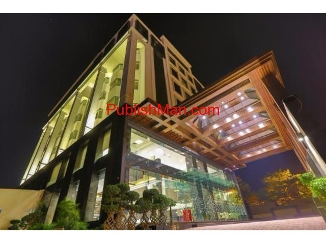 Hotel for sale at Amar Shaheed Path Lucknow - 3/6