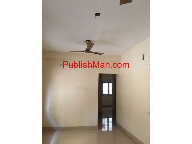 2 bhk ,semi furnished flat for SALE & Rent at Kolapakkam - 2/6