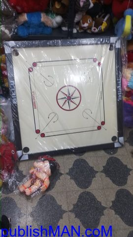 Wooden Finish 32 Inch Full Size Carrom Board - 2/2
