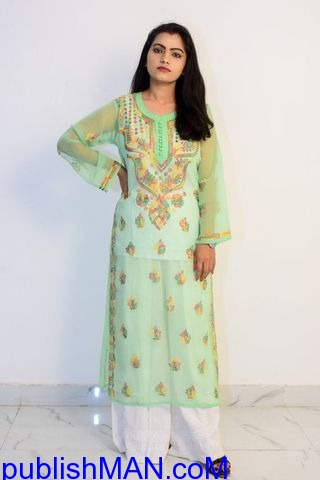 Buy Hand Embroidered Lucknowi Chikan Kurti With Palazzo Light Green - 1/1